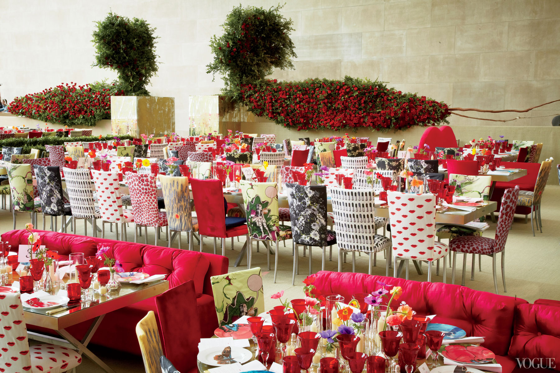Our top 3 favorite met gala themes sisters 39 soiree for Decoration themes