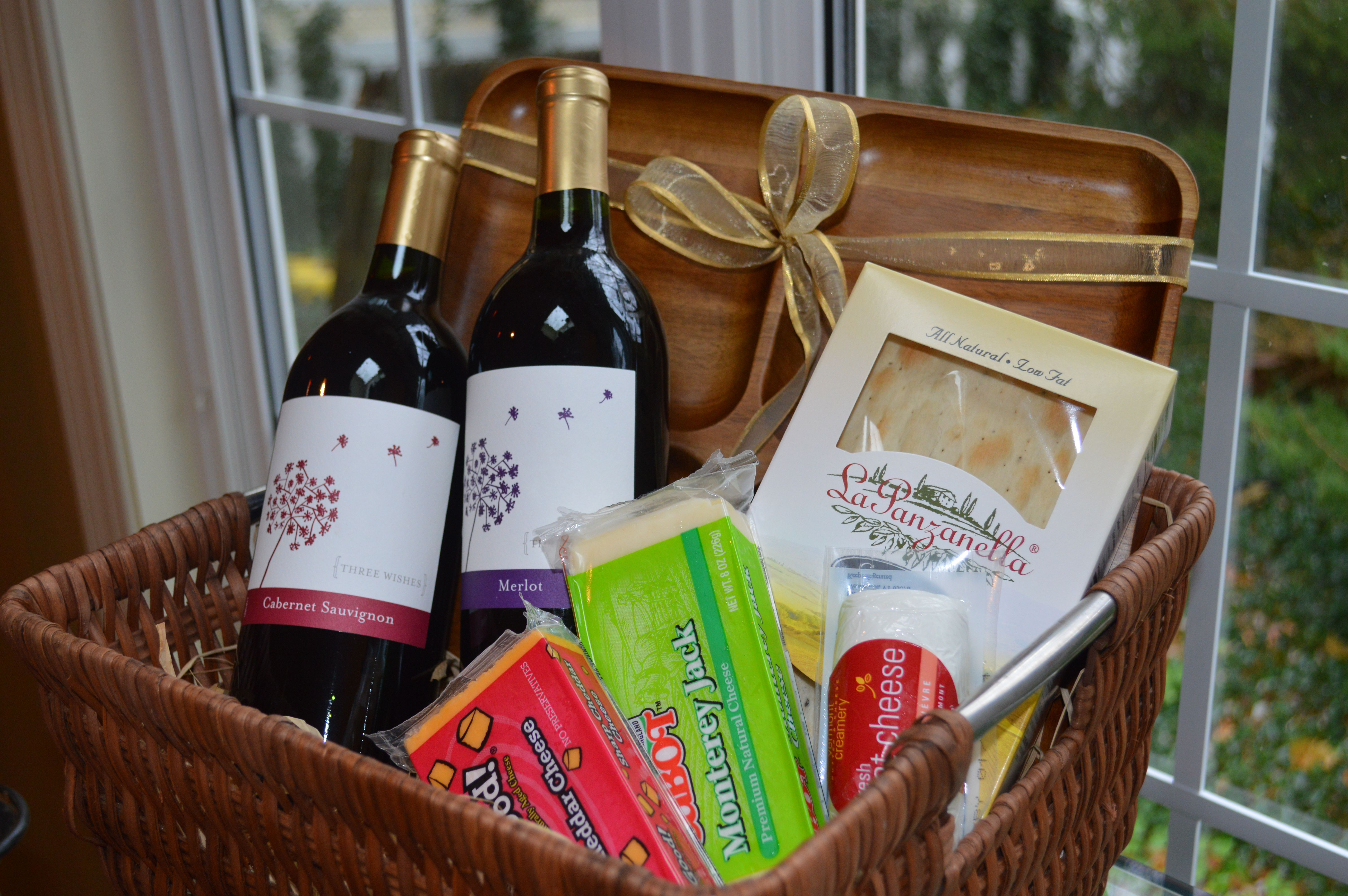 Diy holiday food gifts sisters soiree homemade wine cheese basket thesisterssoiree solutioingenieria Choice Image